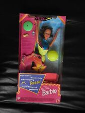 Muñeca Barbie Flip Buceo Traje De Baño Speedo español bronceada Teresa Neon Amarillo 1997