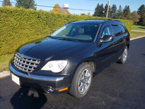 2007 Chrysler Pacifica only 135,600km!