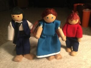 Details About Melissa Doug Wooden Dollhouse People Poseable Family Dolls Figures Plan Toys