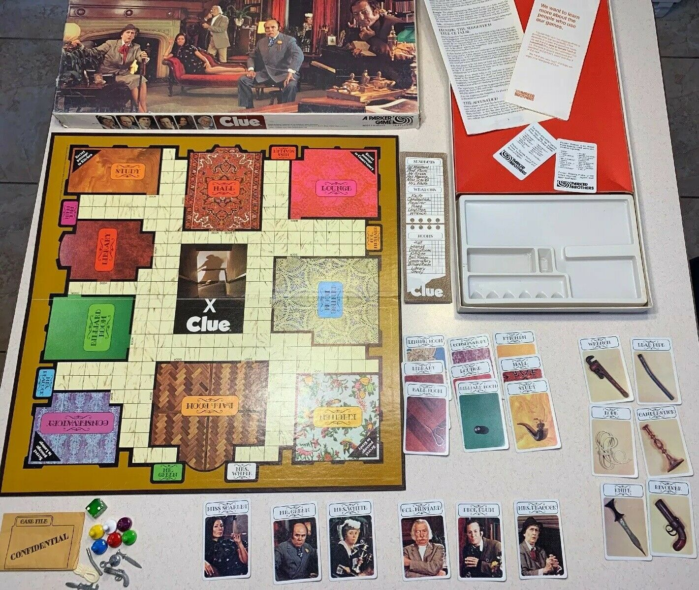 VINTAGE Classic Clue Board Game 100% Complete 1972
