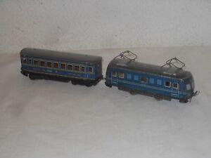 VINTAGE-tintoy-Tren-LOCOMOTORA-E-110-con-vagon-Dormitorio-electrico-H0