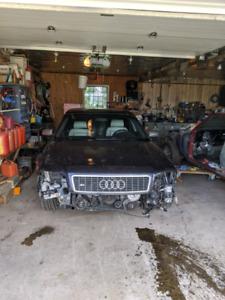 Audi S8 2003 pour pièces