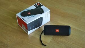 Harman-JBL-Flip-3-Bluetooth-Speaker-Black