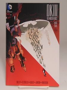 BATMAN-DARK-KNIGHT-DK-III-4-THE-MASTER-RACE-DC-COMICS-VF-NM-CB615