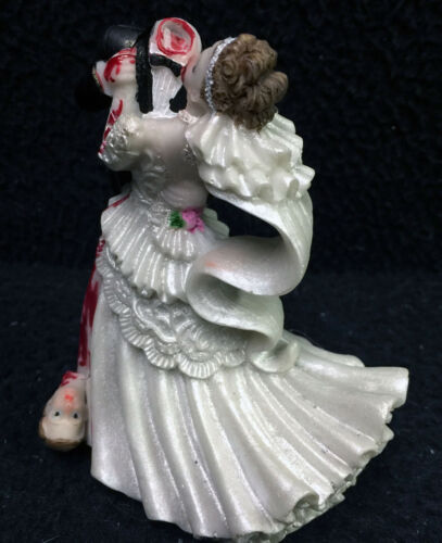 Halloween Zombies Bride and Groom top Wedding Cake Topper Funny Scary Headless