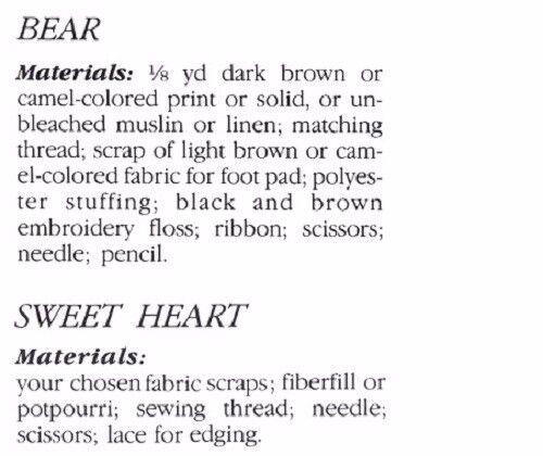 no artículo terminado Oso De Peluche Pequeño sosteniendo amor corazón patrón de costura S10042