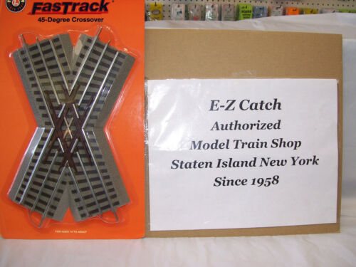 Lionel O Gauge # 6-12051 FasTrack 45 Degree Crossover Track Section Brand New