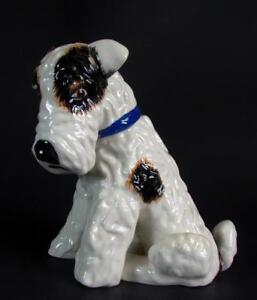 reizender-Foxl-Foxterrier-Gmundner-Keramik