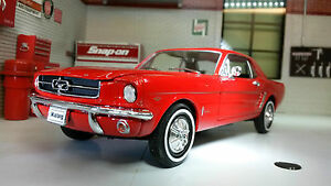 Ford-Mustang-1964-Coupe-1-24-Scale-Welly-Very-Detailed-Diecast-Model-Car-22451