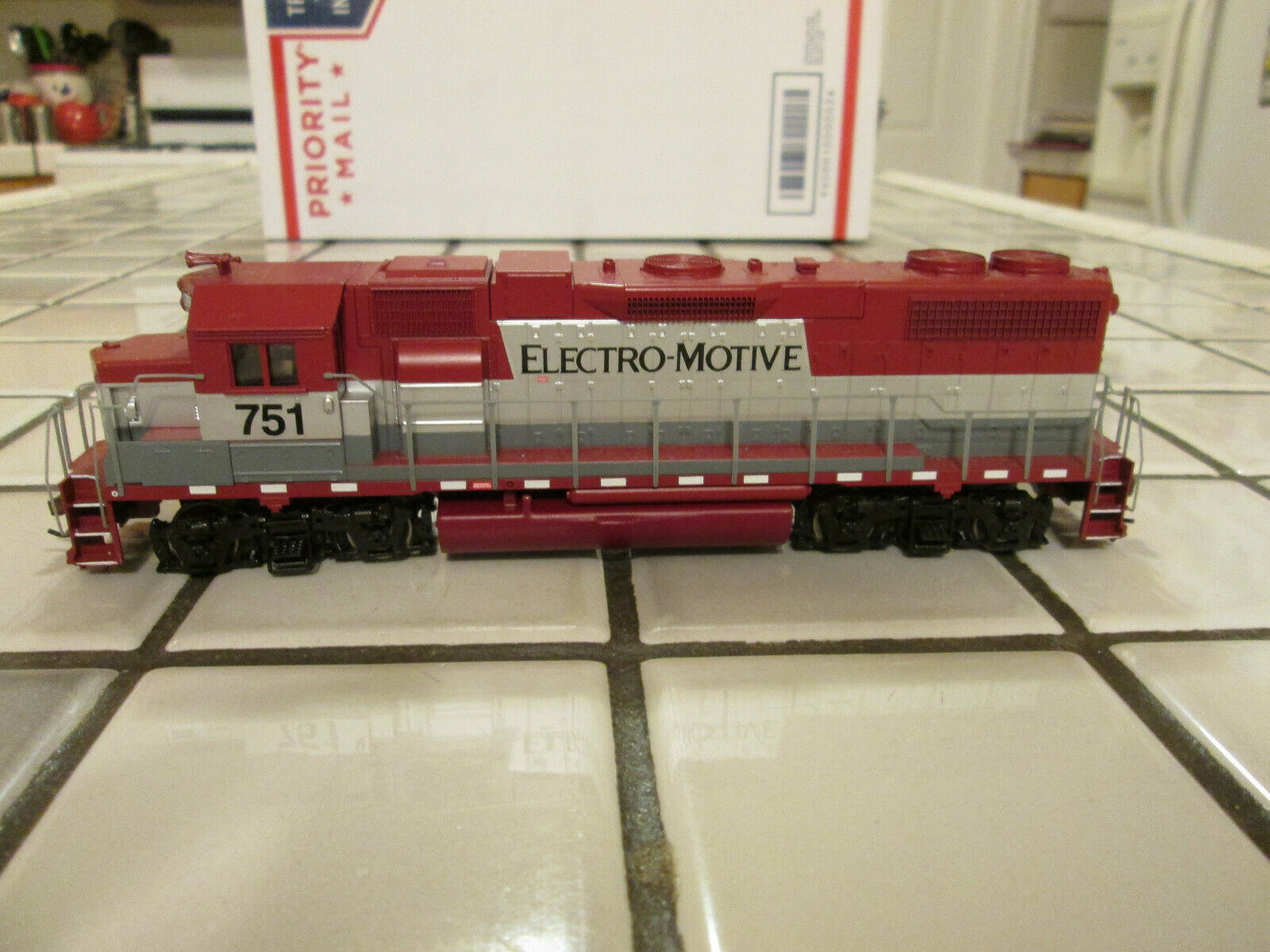 Athearn ELECTRO-MOTIVE powered engine HO HO HO scale 03bebb