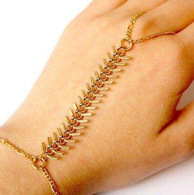 Rib Pattern Golden Bracelet Bangle Slave Chain Link Hand Harness Finger Ring