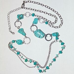 Faux-turquoise-silver-tone-circles-30-034-to-33-034-long-chain-necklace-signed-Pm