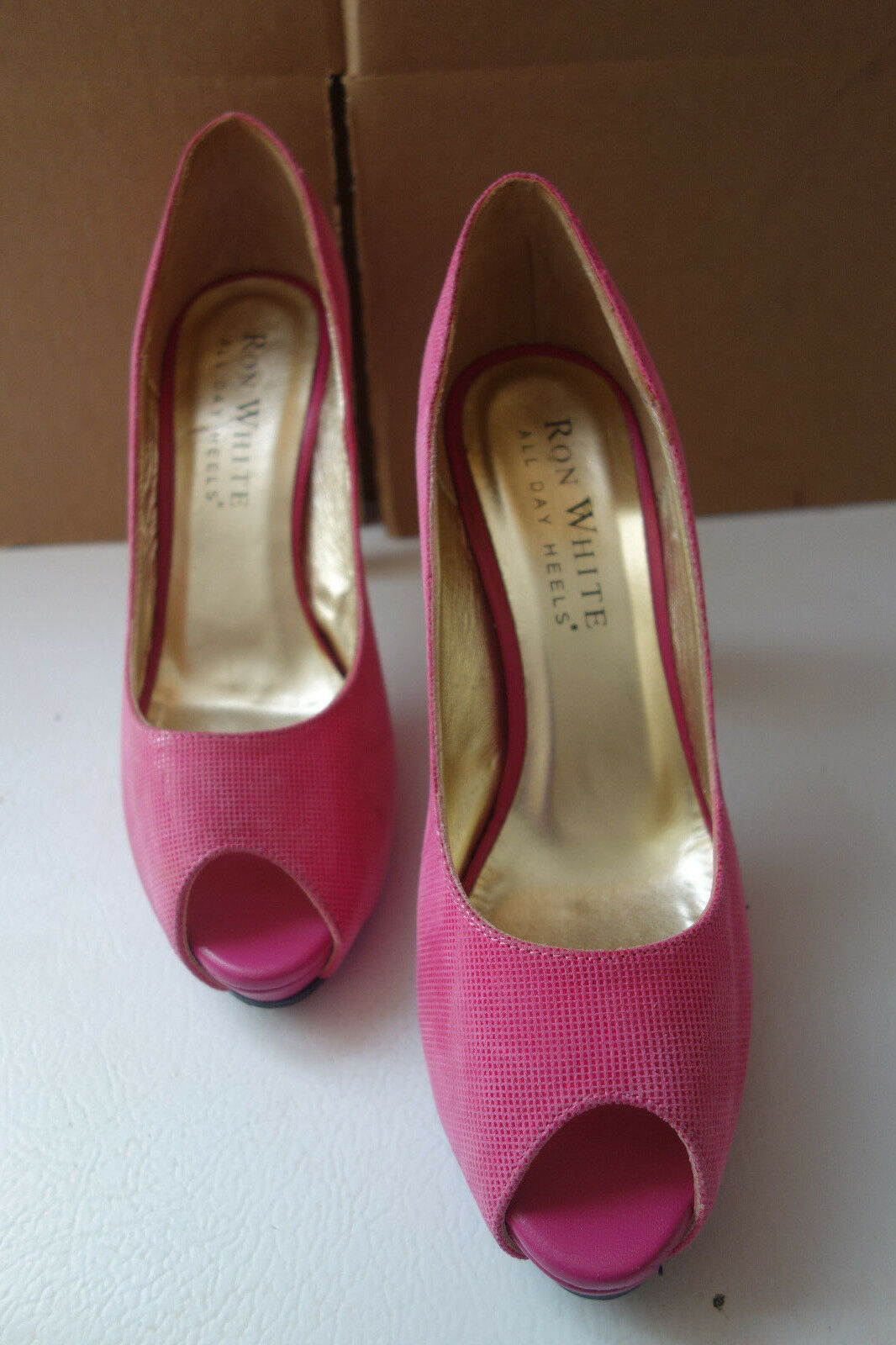 RON WHITE Pink ALL DAY HEELS Women's Pump Size 6 Pink WHITE Peep Toe New without box a9f21e