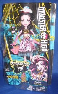 MONSTER-HIGH-SHRIEKWRECKED-DRACULAURA-DAUGHTER-OF-DRACULA-COLLECTOR-DOLL-NRFB