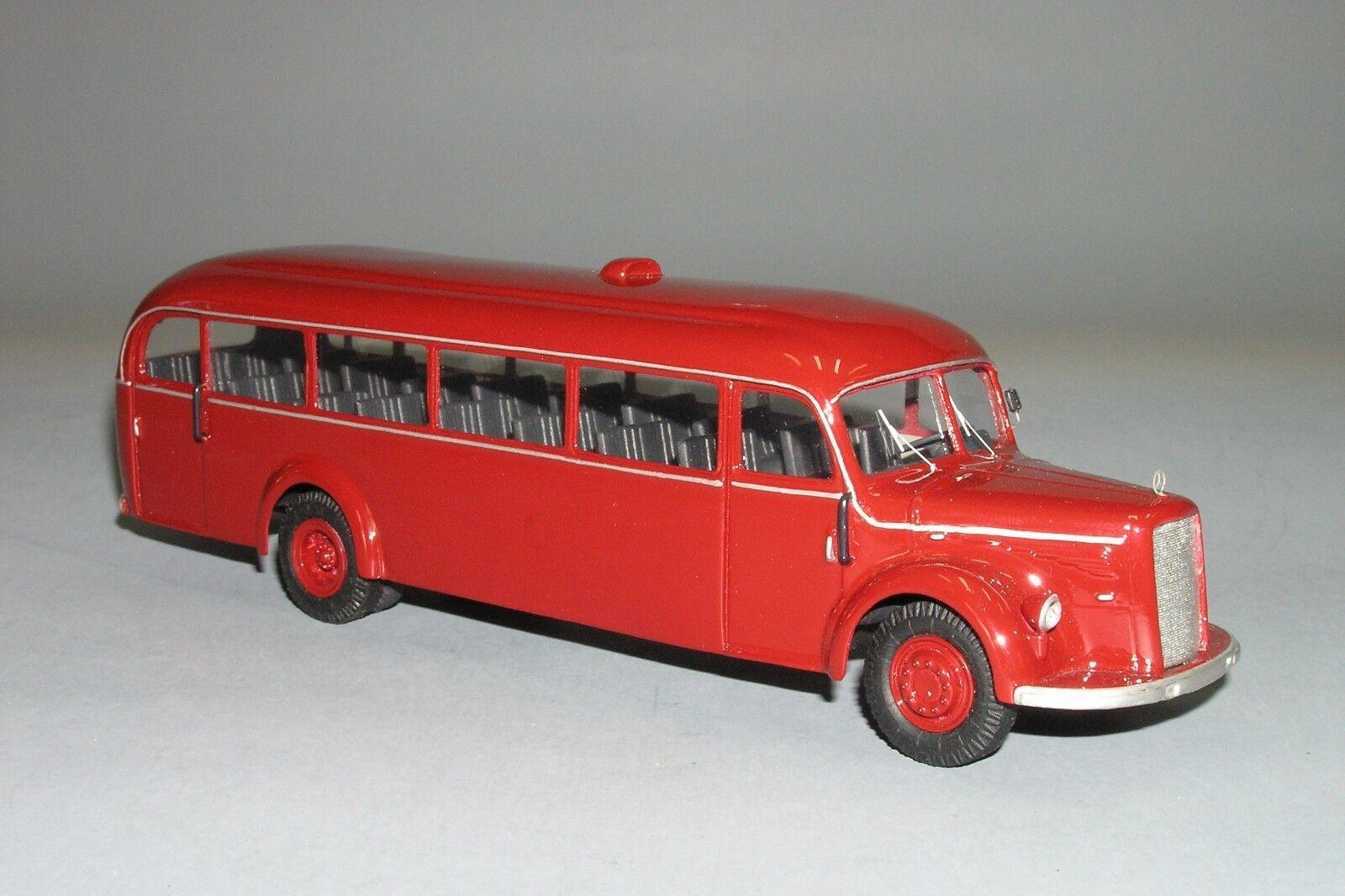 Rare    MERCEDES 0 Bus 5000 fait à la main Vector Models 1 43