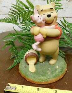 Pooh-and-Friends-Figurine-Pooh-amp-Piglet-A-Good-Friend-Sticks-to-you-like-Honey