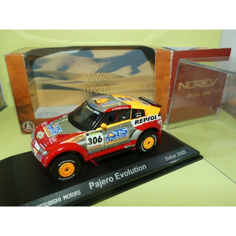 MITSUBISHI PAJERO EVOLUTION PARIS DAKAR 2005 PETERHENSEL NOREV 1 43 1er