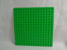 LEGO 16 X 16  -  Green, lighter tone, Standard Flat Base Plate