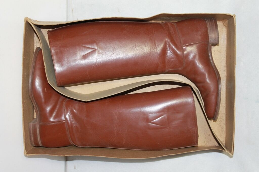 Vintage in  Or Box 1940's Women's Brown Leather Boots Equestrian Riding Size US 5  order now