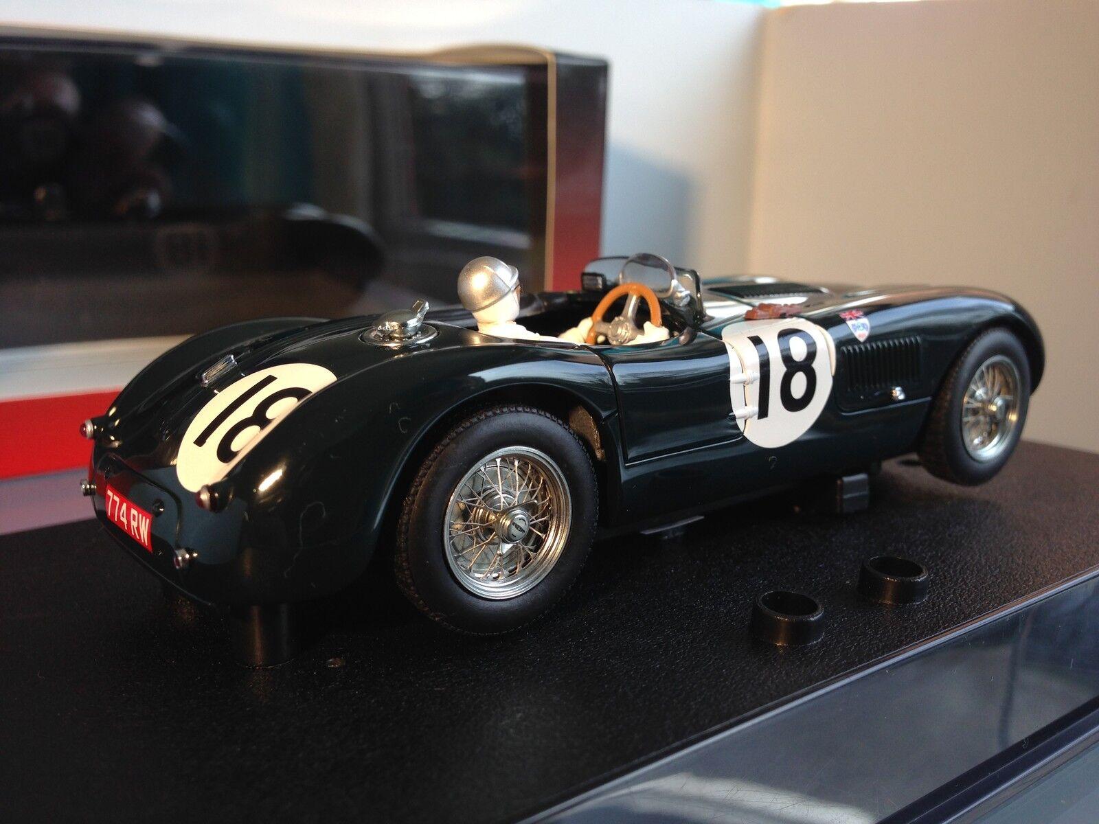Scalextric Autoart Slot Car Jaguar C Type no 18 Le Mans 1953 Model no13571 (302)