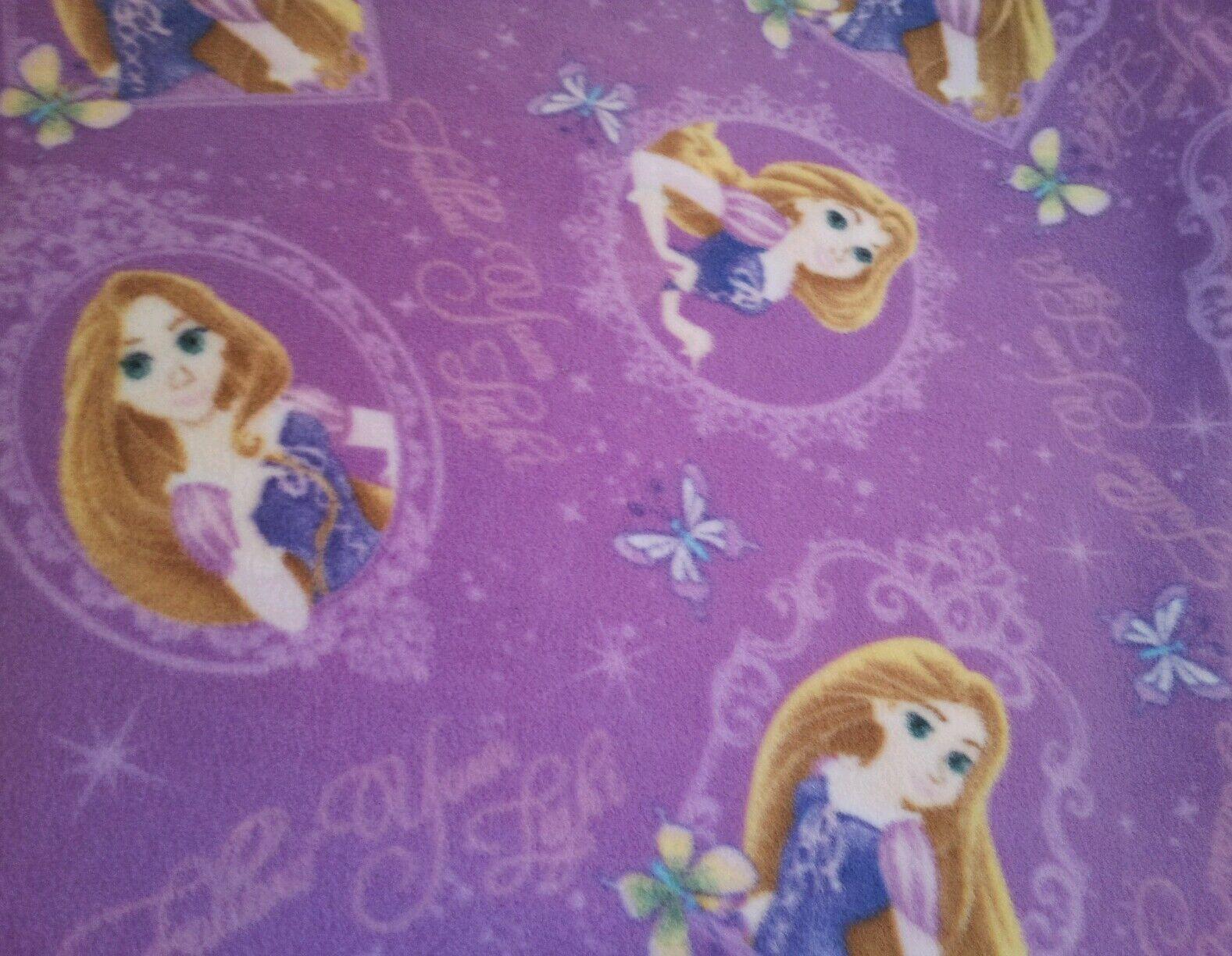 Disney Rapunzel Holding Hair Tangled Princess Fleece Throw Blanket NEW