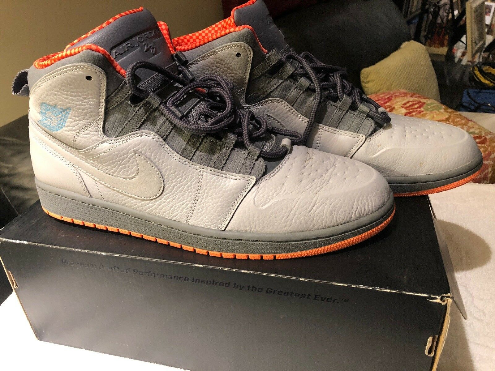 Nike Nike Nike Air Jordan 1 Retro 94 Bobcats Grey   orange 631733-032 Sz 13 0a37db