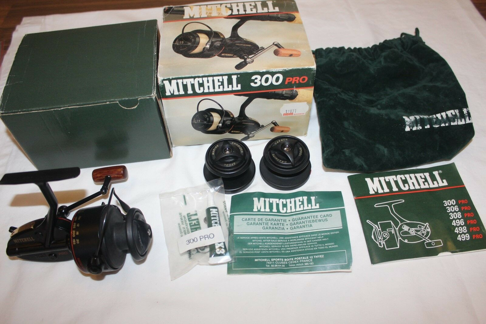 MITCHELL 300 PRO-UNGEFISCHT IM OVP-MADE IN FRANCE-Nr-989   outlet sale