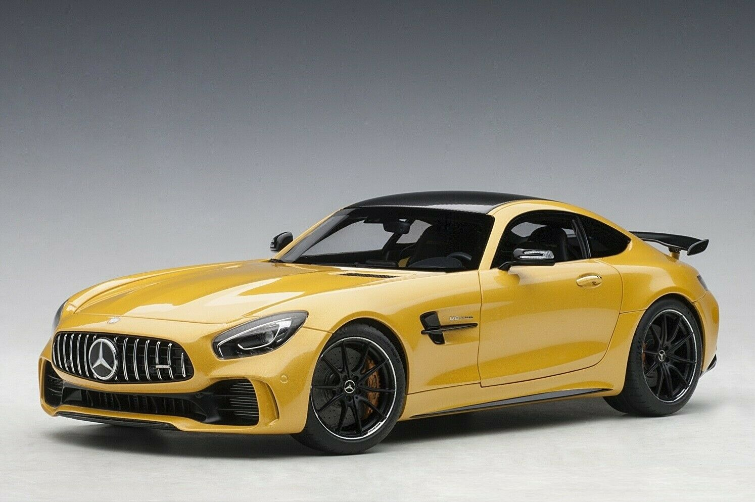 MERCEDES-BENZ AMG GT R SOLAR BEAM YELLOW 1 18 AUTOART 76332 NEW RELEASE IN BOX