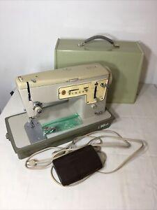 Vintage Singer Zig Zag Model 457 Sewing Machine Pedal Hard Case Great Britain