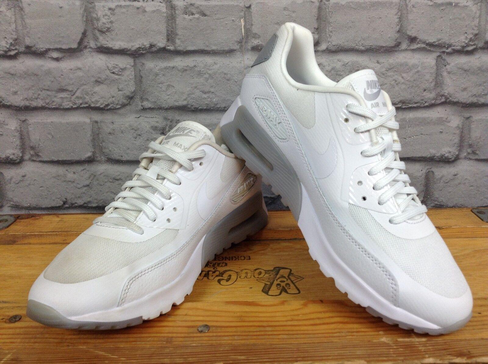 Nike Donna EUR 38.5 Bianco Grigio Ultra Essenziali Scarpe Da Ginnastica Rrp | Bella E Affascinante  | Scolaro/Ragazze Scarpa