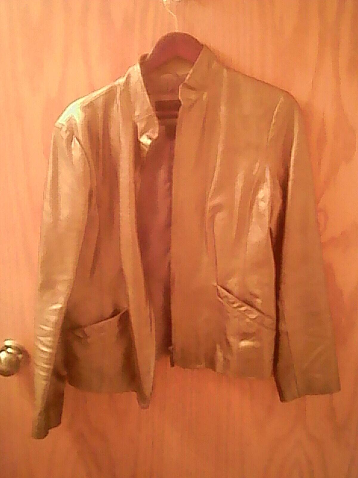B by Bernardo women's tan leather jacket L zipper polyester lining pockets