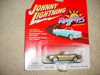 Johnny Lightning Ragtops 1967 Camaro Convertible Gold Color Free Usa Ship