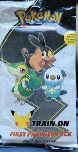Pokemon First Partner PACK 3 Jumbo Unova Cards +2 Booster 25th  Anniversary!