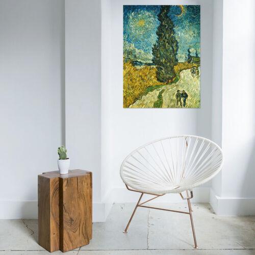 Vincent van Gogh Landstraße mit Zypresse und Stern Poster