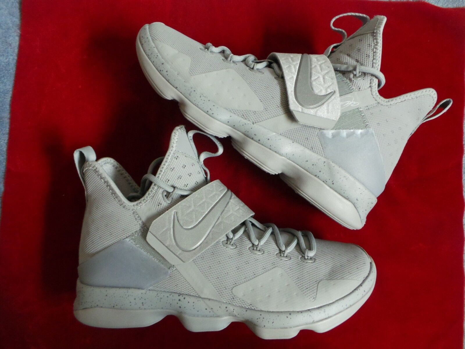 Nike Air Zoom LeBron James XIV 14 hex hexzoom out of nowhere silver s 10 DS NEW