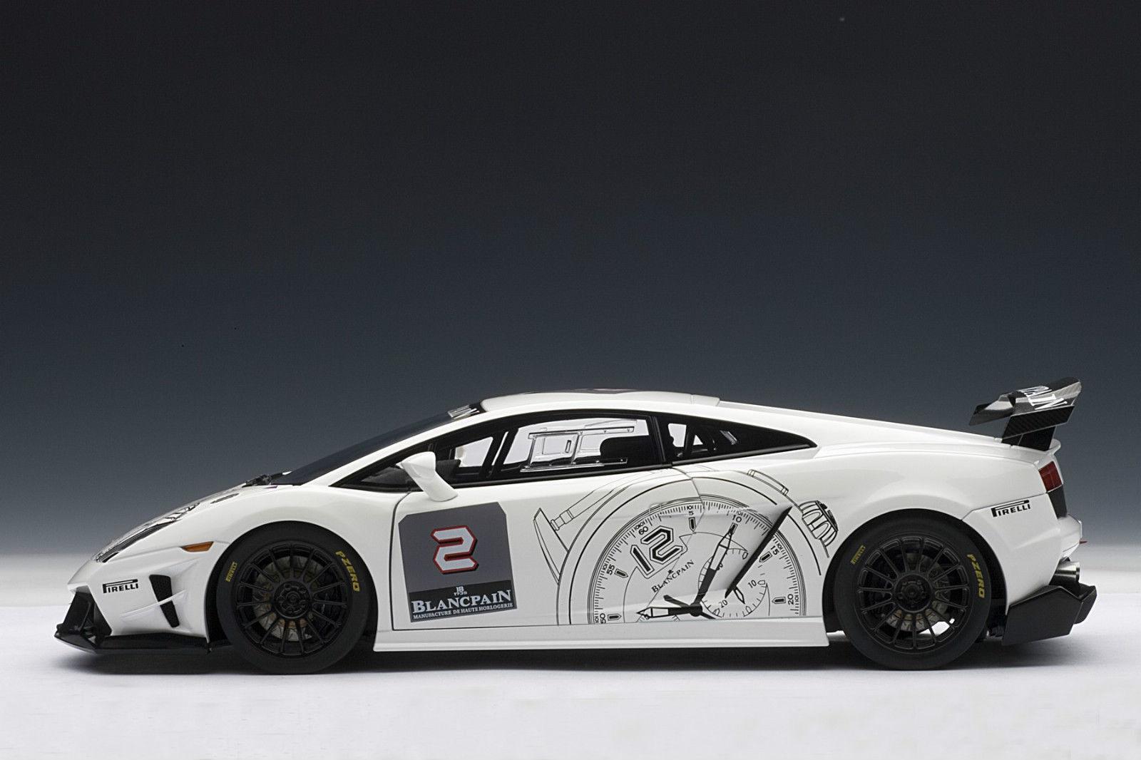 1 18 AUTOArt-Lamborghini Gallardo LP560-4 Trofeo vitpain vit 2009