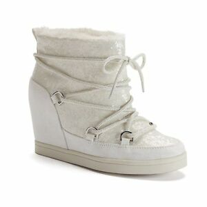 89-NWT-Women-039-s-Juicy-Couture-Lace-Up-Wedge-Sport-Ankle-Boots-Wht