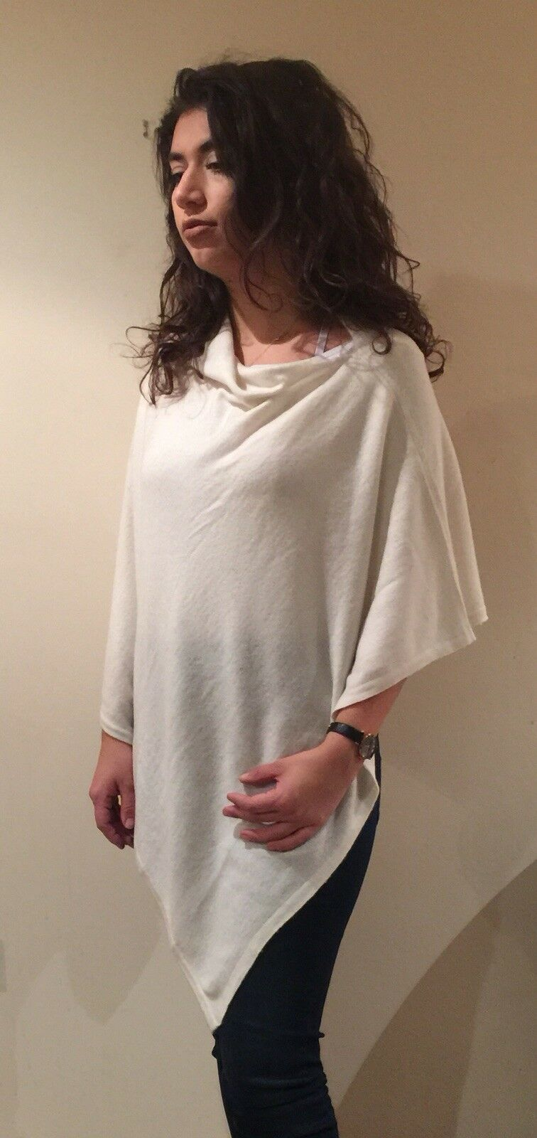 Ladies 100% Cashmere Luxury Lightweight Poncho In Cream Handcrafted In Nepal