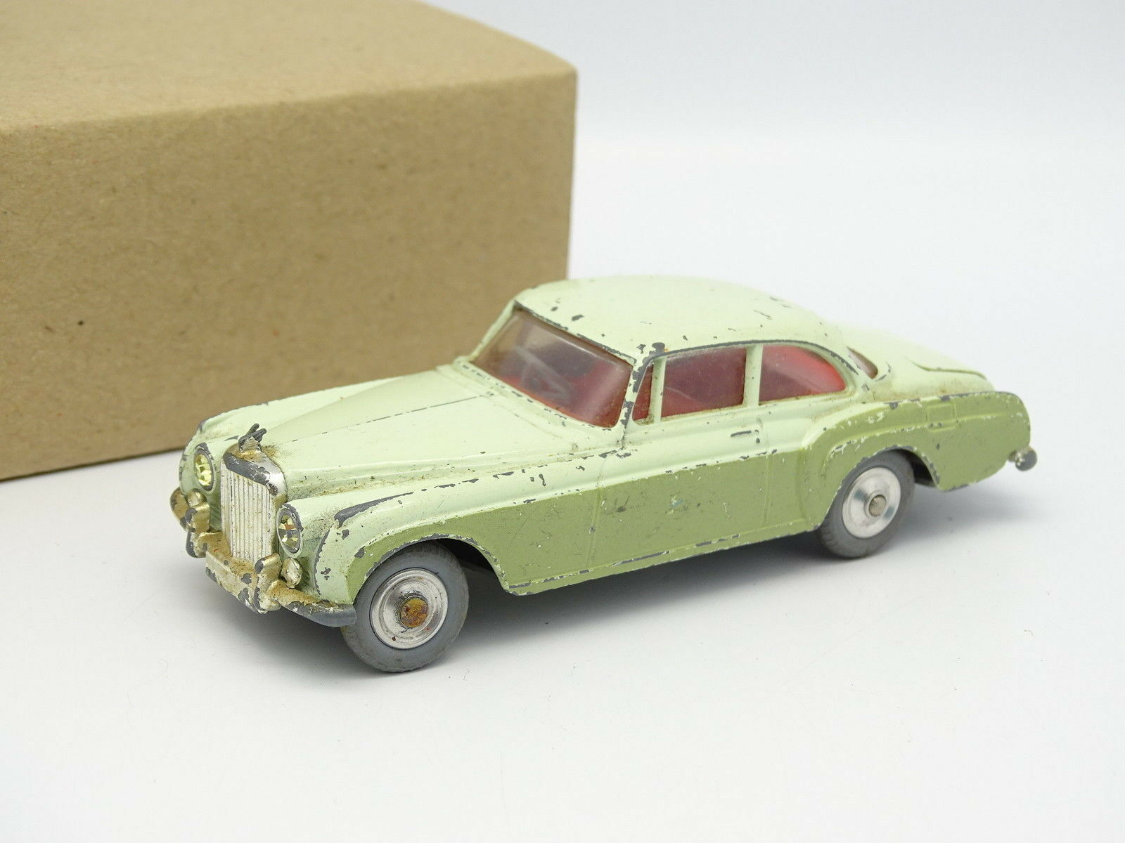 Corgi Toys 1 43 - Bentley Continental Sports Saloon