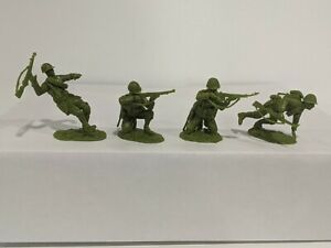 Conte-WWII-U-S-GI-039-S-Bloody-Omaha-4-Figures-Light-Medium-Green-Color-1-32-A