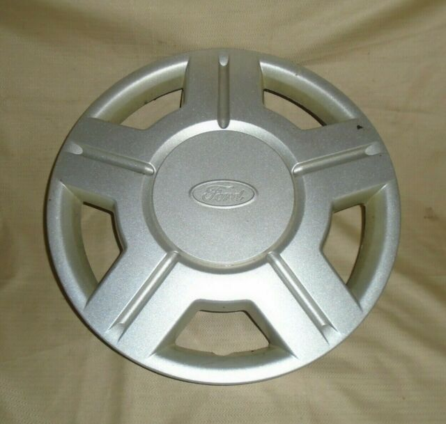 one 2000 to 2003 Ford Windstar hubcap center cap for alloy wheel