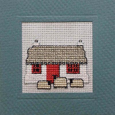 HIGHLANDS scozzesi SCHEDA PUNTO CROCE KIT; /'crofthouse/' da parte del patrimonio tessile