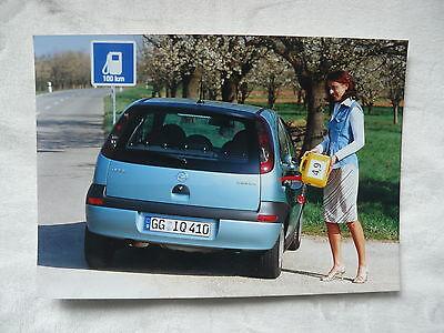 Pressefoto Werk-foto Press Photo 04/2002 Diszipliniert O0008 Opel Corsa 1,0l-ecotec-motor