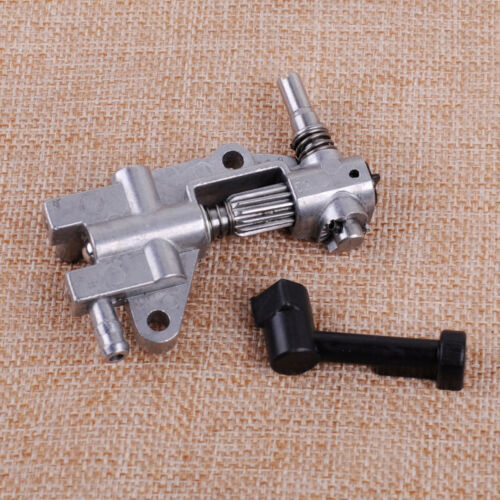 Oil Pump /& Cover /&Pipe /& Worm  Fit Chinese 4500 5200 45cc 52cc Chainsaw
