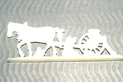 Margarine Figur Bauern Und Landleben Pferd Mit Einem Geräte-wagen 8,5 X 3,5 Cm Phantasie Farben