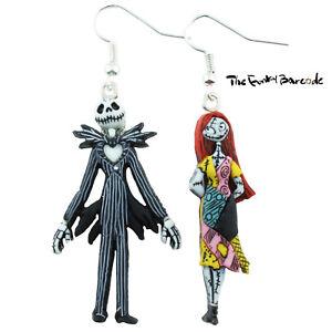 TFB-NIGHTMARE-BEFORE-CHRISTMAS-DANGLE-EARRINGS-Skeleton-Skull-Halloween-Gothic