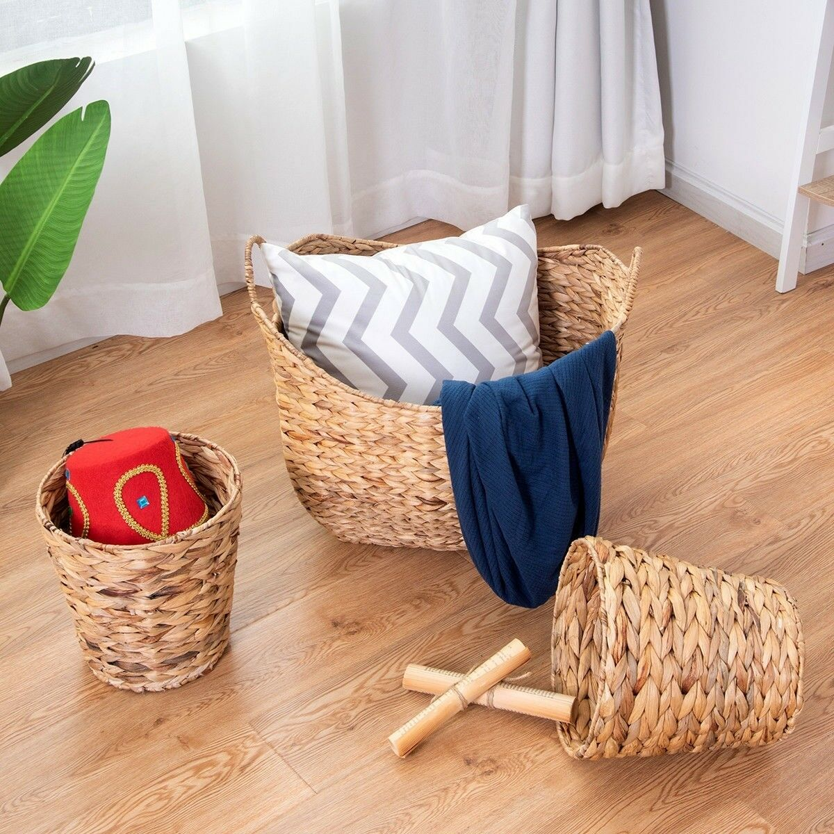 Large Woven Seagrass Laundry Basket N Two Waste Baskets For Toys Clothes Storage