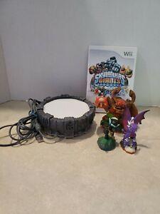 Skylanders Bundle For Wii - Portal, game and 3 Skylanders