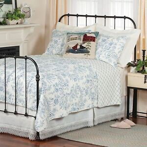 Clementina Blue Twin Quilt White French Toile