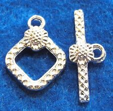 50Sets WHOLESALE Silver-Plated Square FLOWER Toggle Clasps Tibetan Hooks Q0997